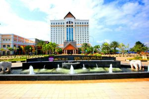 Don-Chan-Palace-Hotel-Convention-Vientiane-Overview.jpg