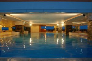 Don-Chan-Palace-Hotel-Convention-Vientiane-Pool.jpg