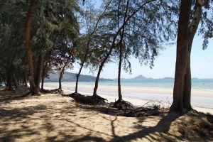 Dongtan-Beach-Chonburi-Thailand-05.jpg