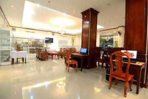 Douang-Pra-Seuth-Hotel-Vientiane-Laos-Lobby.jpg