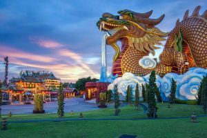 Dragon-Descendants-Museum-Suphan-Buri-Thailand-01.jpg