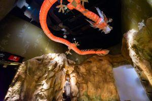 Dragon-Descendants-Museum-Suphan-Buri-Thailand-02.jpg
