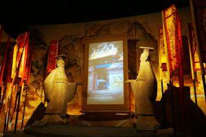 Dragon-Descendants-Museum-Suphan-Buri-Thailand-04.jpg