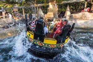 Dreamworld-Thanyaburi-Pathumthani-Thailand-005.jpg