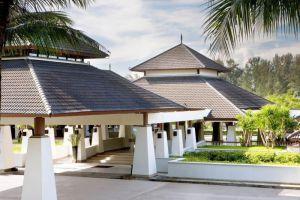 Dusit-Thani-Beach-Resort-Krabi-Thailand-Entrance.jpg