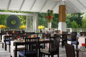 Dusit-Thani-Beach-Resort-Krabi-Thailand-Restaurant.jpg