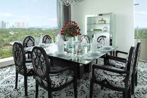 Dusit-Thani-Hotel-Manila-Philippines-Dining-Room.jpg
