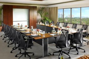 Dusit-Thani-Hotel-Manila-Philippines-Meeting-Room.jpg