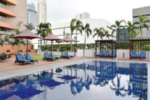 Dusit-Thani-Hotel-Manila-Philippines-Pool.jpg