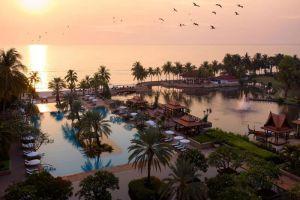 Dusit-Thani-Hua-Hin-Cha-Am-Thailand-Exterior.jpg
