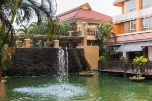 Eastern-Grand-Palace-Hotel-Pattaya-Thailand-Exterior.jpg
