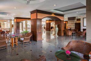 Eastern-Grand-Palace-Hotel-Pattaya-Thailand-Lobby.jpg