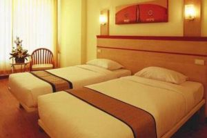 Eastern-Grand-Palace-Hotel-Pattaya-Thailand-Room.jpg