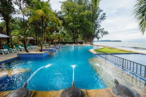 Emerald-Beach-Resort-Spa-Khaolak-Thailand-Pool.jpg