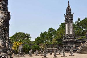 Emperor-Khai-Dinh-Tomb-Hue-Vietnam-002.jpg