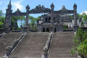 Emperor-Khai-Dinh-Tomb-Hue-Vietnam-003.jpg