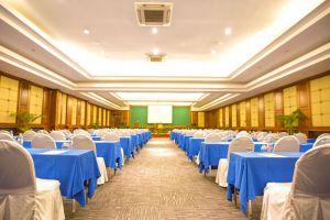 Empress-Residence-Resort-Spa-Siem-Reap-Cambodia-Meeting-Room.jpg