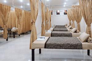 Excelo-Reflexology-Body-Massage-North-Sumatra-Indonesia-03.jpg