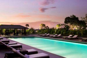 Fairmont-Hotel-Jakarta-Indonesia-Pool.jpg