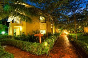 Famiana-Resort-Spa-Phu-Quoc-Island-Vietnam-Patio.jpg