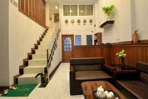 Family-Treasure-Inn-Yangon-Myanmar-Lobby.jpg