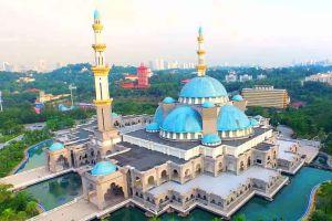 Federal-Territory-Mosque-Kuala-Lumpur-Malaysia-001.jpg
