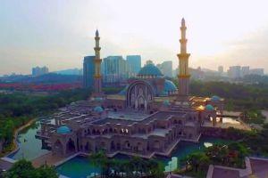 Federal-Territory-Mosque-Kuala-Lumpur-Malaysia-002.jpg