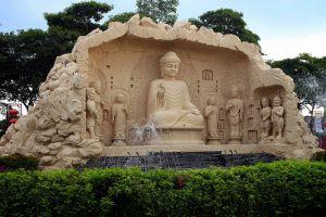 Fo-Guang-Shan-Dong-Zen-Temple-Selangor-Malaysia-002.jpg