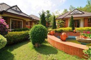 Forra-Hill-Resort-Loei-Thailand-Garden.jpg