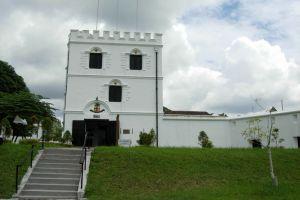 Fort-Margherita-Kuching-Sarawak-Malaysia-001.jpg