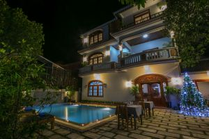 Friendly-Angkor-Boutique-Hotel-Siem-Reap-Cambodia-Exterior.jpg