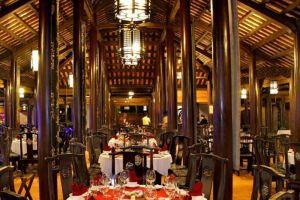 Fullmoon-Town-Restaurant-Bar-Hoi-An-Vietnam-004.jpg