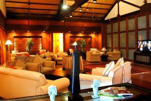 Furama-Resort-Danang-Vietnam-Lounge.jpg
