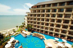 Garden-Cliff-Resort-Spa-Pattaya-Thaialnd-Exterior.jpg