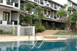 Gassan-Khuntan-Golf-Resort-Lamphun-Thailand-Pool.jpg