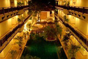 Gassan-Legacy-Golf-Club-Lamphun-Thailand-Pool.jpg