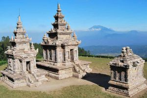 Gedong-Songo-Central-Java-Indonesia-004.jpg