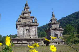 Gedong-Songo-Central-Java-Indonesia-005.jpg