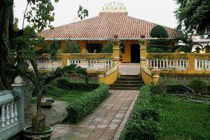 Giac-Lam-Pagoda-Ho-Chi-Minh-Vietnam-005.jpg