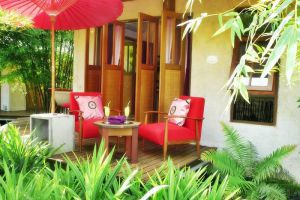 Gims-Resort-Mae-Hong-Son-Thiland-Terrace.jpg