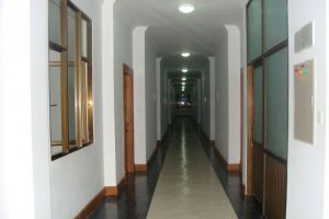 Golden-Myanmar-Hotel-Naypyitaw-Corridor.jpg