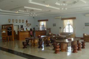 Golden-Myanmar-Hotel-Naypyitaw-Lobby.jpg