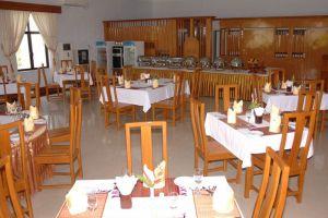 Golden-Myanmar-Hotel-Naypyitaw-Restaurant.jpg