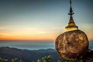 Golden-Rock-Kyaiktiyo-Pagoda-Mon-State-Myanmar-001.jpg
