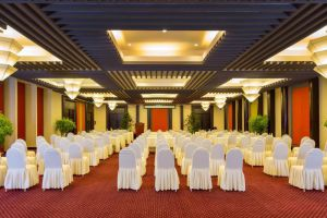 Golden-Sand-Resort-Spa-Hoi-An-Vietnam-Meeting-Room.jpg