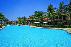 Golden-Sand-Resort-Spa-Hoi-An-Vietnam-Pool.jpg