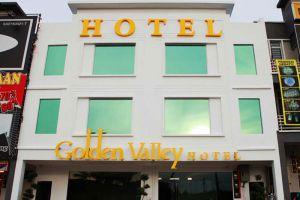 Golden-Valley-Hotel-Melaka-Exterior.jpg