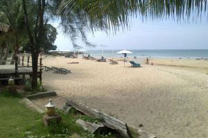 Gooddays-Beach-Resort-Koh-Lanta-Thailand-Beachfront.jpg