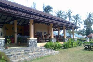 Gooddays-Beach-Resort-Koh-Lanta-Thailand-Restaurant.jpg