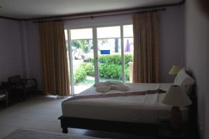 Gooddays-Beach-Resort-Koh-Lanta-Thailand-Room.jpg